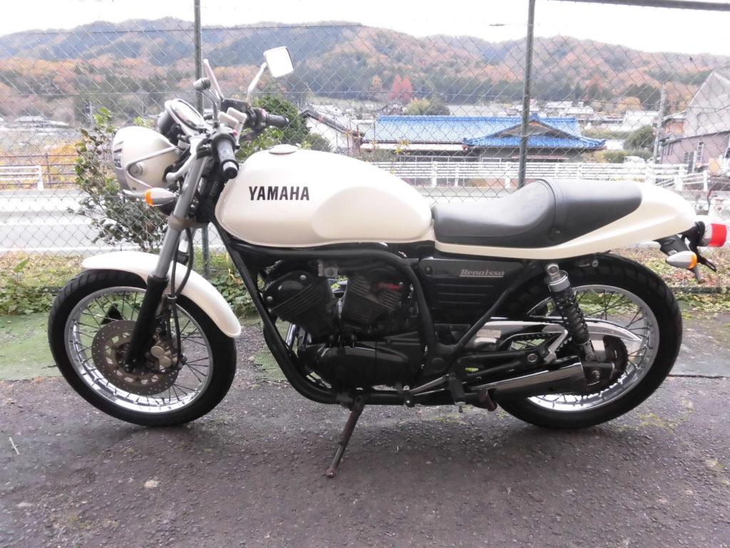 中古 YAMAHA ルネッサ(Renaissa) 4DN ブラックエンジン、ブラックマフラー ニューパールホワイト 初期型 詳細画像